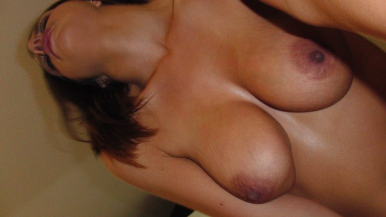 wife showing her breasts